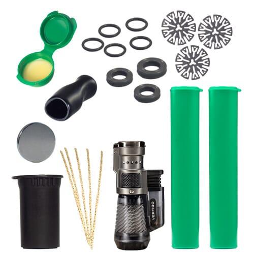 A Deluxe DynaKit a DynaVap vaporizerekhez minden szükséges dolgot tartalmaz, hogy vaporizerét a legjobb állapotában tartsa.