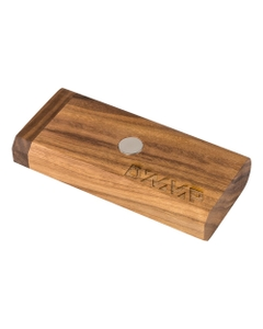 Der DynaStash ist das optimale Zubehör, um Ihre DynaVap VapCap (und eine große Menge Kräuter!) darin aufzubewahren.